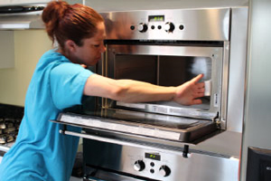5 Hot Cleaning Tips Your Stove Will Love (You Will Too)